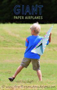 aviones de papel gigante